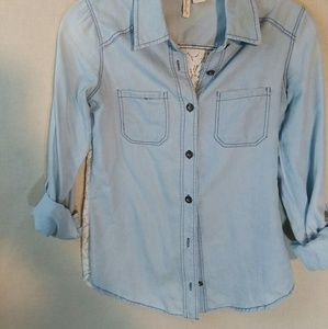 Chambray shirt with lace back